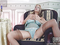 WinPorn - Sensual babe with big ...