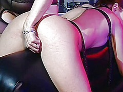 Mature mistress enjoys... from WinPorn