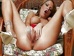 Carmen gemini enjoys g...