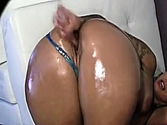 large arse latin hotti... from Private Home Clips