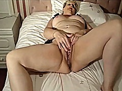 Xhamster - Playing with her pussy