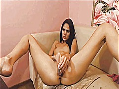 Teen toying on cam from Xhamster