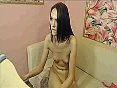 Teen toying on cam show