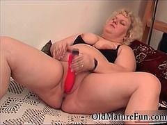 Big fat granny likes m... from IcePorn