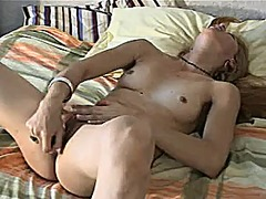 Carla's real orgasm from Xhamster