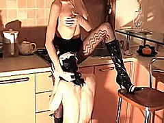 Maid and mistress in t...