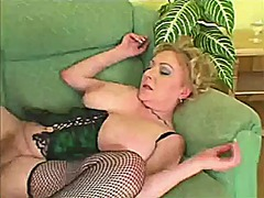 Big tit mature toys he... from Xhamster