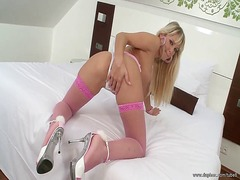 Hot beautiful blonde i... from Tube8