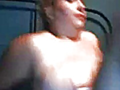 Big girl plays on cam from Xhamster