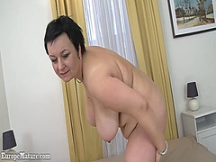 IcePorn - Old brunette mature sh...