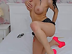 Shemale Hottie Plays h... from Vporn