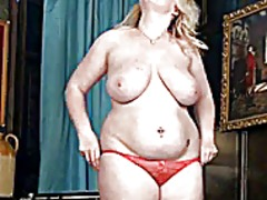 Chubby blonde showing ...