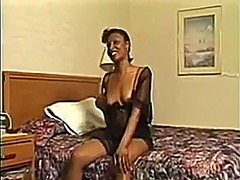Black milf masturbating