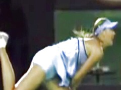 Maria sharapova jerk o...