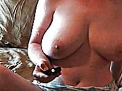 Milf teases herself fo... from Keez Movies