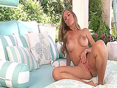 Nicole aniston with ju...
