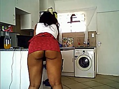 Black girl with juicy ... from Xhamster