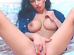 Busty Babe Fingers her... from Vporn