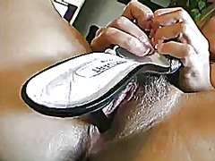 Milf rubbing her bald ... from Xhamster