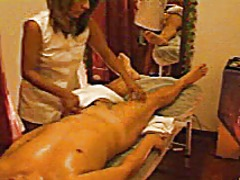 Relaxing massage male from Xhamster