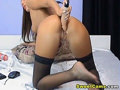 Hot sexy chick moans loud from Ah-Me