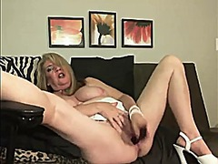 Milf and granny mastur... from Xhamster