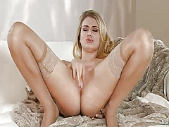 Natalia starr makes he... from Wetplace