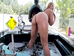 Blonde sarah vandella ... from Wetplace