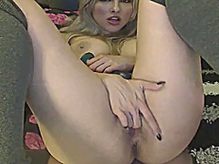 Sexy blonde rubs & toy... from Xhamster
