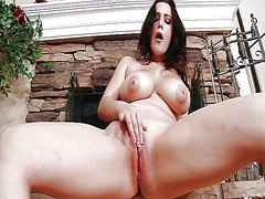 Noelle easton the girl...