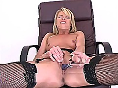 Sexy blond uses her bl... from Xhamster