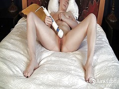 Sexy amateur lili toy ...