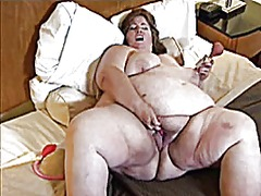 Ssbbw pumping pussy from Xhamster
