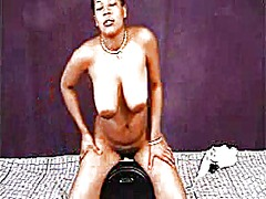 Ebony sybian1 from Xhamster