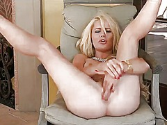 Alexis ford gives a cl... from PinkRod