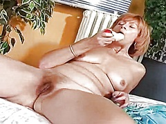 Aged redhead wife rubb... from Private Home Clips