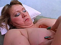 A nice solo mature from Xhamster