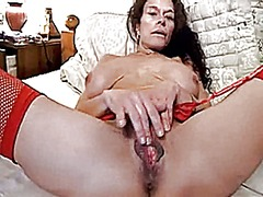 Wife with large pussy ...