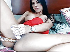 Latin girl with big ti... from Xhamster