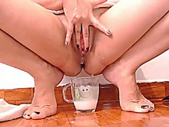 Creamy squirt pussy pl...