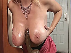 Naughty tampa milf cha... from Xhamster