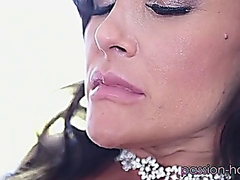 LISA  ANN  THE  BRIGHT... from Vporn