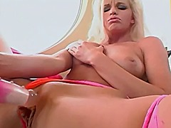 Busty glamour babe in ... from Xhamster