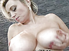 Squeaky bate from Xhamster