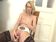 Beautiful mature solo from Xhamster