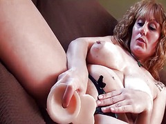Mature solo with toys from Xhamster