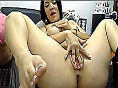 Squirting the colombia... from Xhamster