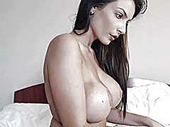 Hot brunette topless o... from Xhamster