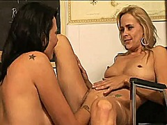 Two milfs having lesbi... from Xhamster
